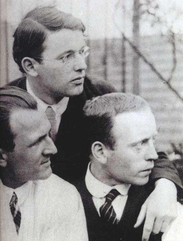 Grosz, Schlichter, Heartfield in 1922