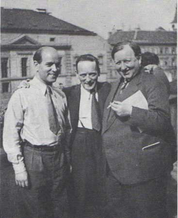 Heartfield, Herzfelde, and Kurt Kersten, Prague, 1934
