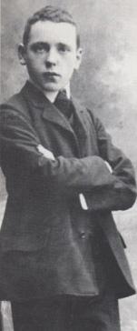 Political Artist Herzfeld was John Heartfield Weisbaden apprentice
