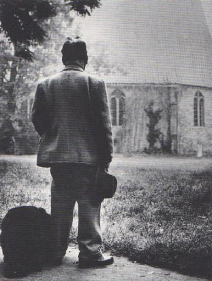 herzfelde heartfield monograph. The antiwar activist artist visits Gertrauden Cemetary, 1962