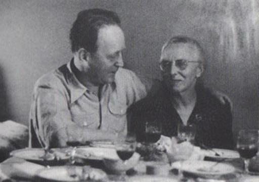 Kunstler Volkes Heartfield and Olga Tretyakova 1958