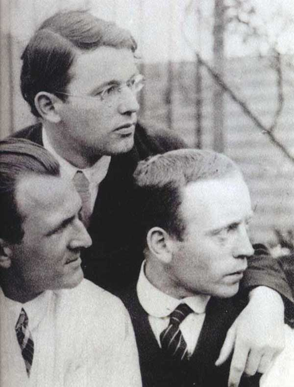 Grosz, Schlichter, Heartfield in 1922